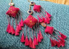 Absolute Trendy & Personalise Latkan Perfectly Go well For Stylist Bride - Wedding Details Patch Work Blouse Designs, Fancy Blouse Designs, Bridal Blouse Designs, Choli Blouse Design, Saree Blouse Neck Designs, Saree Tassels Designs, Diy Fashion Hacks, Silk Thread Bangles, Back Neck Designs
