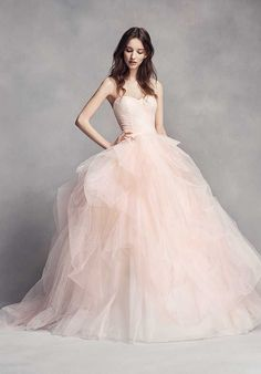 Strapless Wedding Dresses Pretty in pink wedding dress. This WHITE by Vera Wang strapless sweetheart neckline ball gown wedding dress features ombré tulle for a bridal look that's dreamy. Shop this style exclusively at David's Bridal Tulle Skirt Wedding Dress, Pink Wedding Dresses, Wedding Dresses Photos, Tulle Wedding, Wedding Gowns, Vera Wang Wedding Dresses, Dress Skirt, Modest Wedding, Ivory Wedding