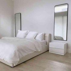 Room Ideas Bedroom, Home Decor Bedroom, Minimalist Home Interior, Home Interior Design, Serene Bedroom, Aesthetic Room Decor, New Room, House Rooms, Room Inspiration