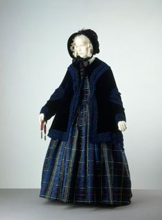 1845 - A full walking ensemble for a chilly atumn or winter's day. --- via The Victoria & Albert Museum