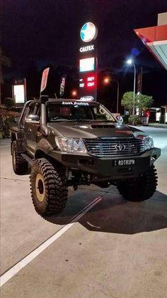 . Toyota Lc, Toyota Trucks, Toyota Hilux, Lifted Trucks, Pickup Trucks, Jeep Suv, Jeep Truck, Best Off Road Vehicles, Trophy Truck
