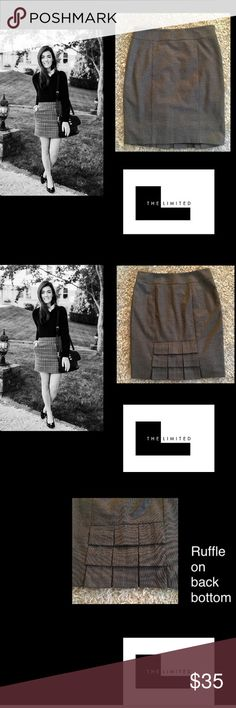 """The Limited🖤Tweed Skirt🖤 Professional enough for the office fun and flirty enough for a night on the town 22"""" long🖤waist 15""""🖤hidden side zipper🖤cute ruffle flap in the back🖤sz 4🖤fits 4-6 please know ur size thank you🌹 The Limited Skirts Midi"""