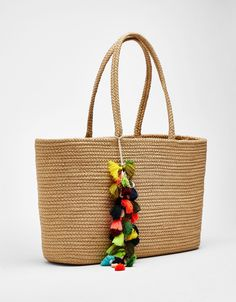 Jute tote bag with tassels. Discover this and many more items in Bershka with new products every weekScore the hottest bikinis for women at Bershka this spring summer Discover one-piece, knotted or bandeau bikinis and show off the best version of you Jute Tote Bags, Unique Bags, Crochet Motif, Clutch Purse, Leather Clutch, Straw Bag, Purses And Bags, Bikini, Laura Ortiz
