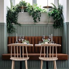 Loving this tan leather booth seating via @arkstudio_pt . It's giving us major Saturday brunch goals  tag your favourite brunch buddy!  . . . #saturday #brunch #tan #leather #boothseating #cafe #love #goals #colourcombo #green #lighting #table #seating #melbournebrunch #hospitality #lovethelook #home #styling #interiordesign #stylist #blogger #breakfast #renovation #house #theblock