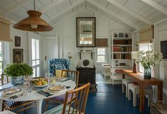 A Nantucket Cottage Revisited - % Have you ever doubted the power of paint to transform a room? Well, if your answer is yes, today's home tour will prove you wrong, in the best way possible. New York-based designer Kevin Isbell… Nantucket Cottage, Lake Cottage, Cottage Living, Cozy Cottage, Cottage Homes, My Living Room, Nantucket Style, Beach Cottage Style, Cabins And Cottages