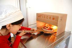 pizza playdough activity - cardboard pizza oven - activité pizza pate à modeler - four pizza en carton