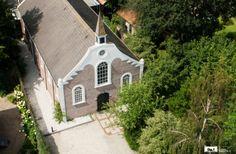 Vergaderen in een bijzonder kerkje in Gasselternijveen.