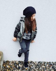 Mein heutiger Herbestlook 🖤 Hipster, Style, Fashion, Hipsters, Moda, La Mode, Fasion, Fashion Models, Trendy Fashion