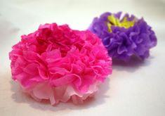 Kvety zo servitiek a krepového papiera 19