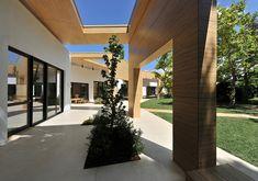 Galería de Jardín Infantil del Colegio Alemán de Atenas / Potiropoulos D+L Architects - 16