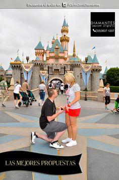 Para una #propuesta en un #castillo de #princesas como el de #Disney se necesita un #anillo muy #elegante.  ¡Tenemos uno perfecto, conócelo en nuestra cuenta de Instagram o Facebook! #LasMejoresPropuestas #CarloConti #Gdl #GaleriaJoyera