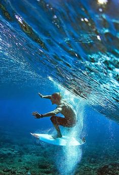 under water surfin