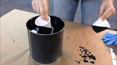 Töpfe designed mit mibenco Flüssiggummi PUR - Anti-Rutsch Effekt in individueller Farbe und Muster. Wiederablösbar!