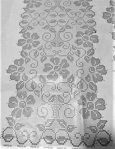 Gallery.ru / Фото #166 - 444 - ergoxeiro Crochet Tablecloth Pattern, Crochet Doily Patterns, Crochet Art, Crochet Doilies, Filet Crochet Charts, Cross Stitch Kitchen, Crochet Table Runner, Bargello, Chrochet
