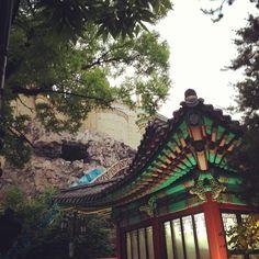 Republic of Korea / 'Hanok'(Old style house) at Lotte world(amusement park) in Jamsil, Seoul