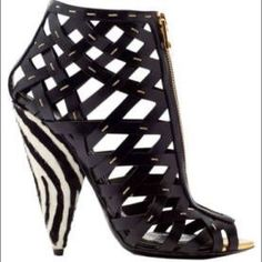 Tom Ford Zebra Cage Heel