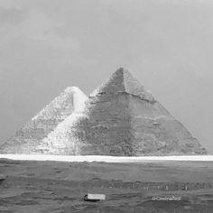 Pyramids Of Giza, Light And Shadow, Comebacks, Egyptian, Spirituality, It Cast, Journey, Clouds, Dark