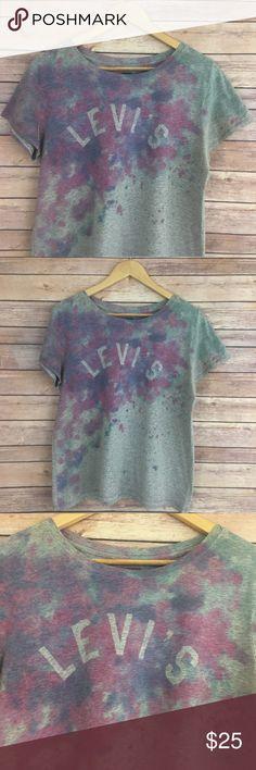 Levi's Logo Tee Levi's short sleeve logo tee, tie dye effect. Size XL. No flaws. Levi's Tops Tees - Short Sleeve