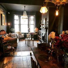 dark and moody interiors by Jade from heavenlyhomesandgardens