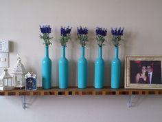 garrafas pintadas com esmalte automotivo!