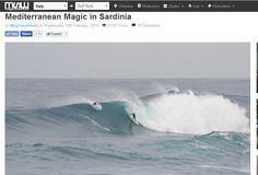 Il 12 febbraio 2014, Magicseaweed, dedica un articolo a 1095 Giorni a Capo Mannu. Il libro esordisce in versione inglese nel panorama surfistico europeo, ricevendo quasi 40.000 visite e oltre 2700 like. Un grande passo per un piccolo progetto.