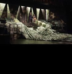 Richard II. Oregon Shakespeare Festival. Scenic design by Sibyl Wickersheimer.