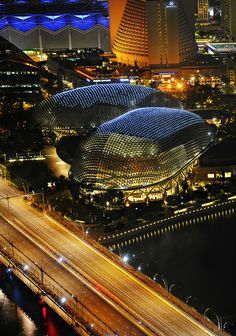 The Esplanade – Theatres on the Bay, Singapore. Singapore Sights, Singapore Attractions, Singapore Travel, Wanderlust Singapore, Night Skyline, Southeast Asia, Wonders Of The World, Places To See, Cool Photos