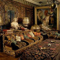 udolf Nureyev's Drawing Room on Quai Voltaire in Paris by Renzo Mongiardino French Interior, Classic Interior, French Decor, Décor Antique, Nureyev, Victorian Interiors, Interior Decorating, Interior Design, Decorating Games