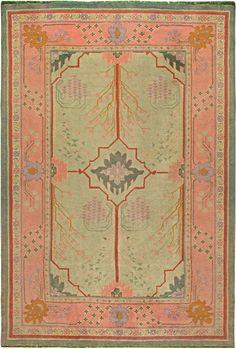 An Arts & Craft Rug. Circa:1920