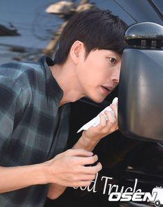 「PHOTO@ソウル」俳優パク・ヘジン、後輩と悪性書き込み掲載者と共に伝えるやさしさ!   K-POP、韓国芸能ニュース、取材レポートならコレポ!