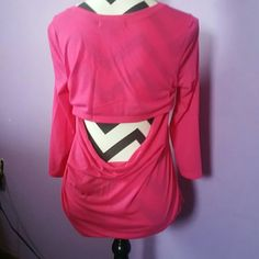 Pink shirt Long sleeved pink shirt with opening in the back Tops Tees - Long Sleeve