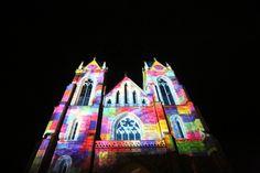 Visuals - beleuchtet und kreativ gestaltet am Stadtzauber in St. Johann #Lichtkunst #Festival Cathedral, Light Art, City, Cathedrals, Ely Cathedral