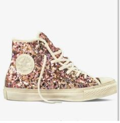 I need these Comverses too 😍 Sequin Converse 19bbc9aafb