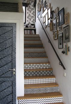 This staircase, located at Peacock Pavilions in Marrakesh, was hand stenciled by Royal Design Studio. You can buy the stencils through their website, and do it yourself. How to Get the Look of Patterned Cement and Encaustic Tile for Less Stenciled Stairs, Painted Stairs, Tiles For Less, Home Design, Interior Design, Design Ideas, Modern Interior, Interior Paint, Encaustic Tile