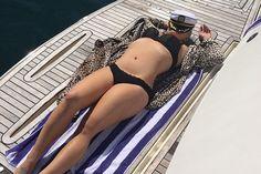WOW! Welcher Star hat in den letzten Jahren über 30 KILO abgenommen und macht jetzt sooo eine heiße Bikinifigur? Die Auflösung gibt's HIER: http://www.shape.de/mode/trends/a-60809/kelly-osbourne-zeigt-bikinifigur.html