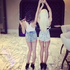 Booty blonde shorts with girl