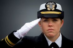 For First Time in History, Women Can Become Navy SEALs