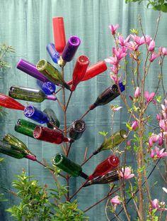 Bottle Tree - Homemade Wine Bottle Crafts, http://hative.com/homemade-wine-bottle-crafts/,