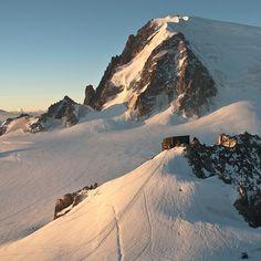 The Cosmiques Refuge @ Chamonix, France