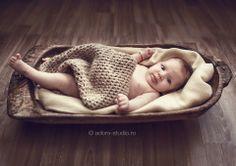 Maria Sofia Merino Wool Blanket, Bassinet, Family Photography, Baby, Furniture, Home Decor, Crib, Decoration Home, Room Decor