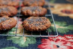 'caramel' banana cookies sprinkled with chia seeds