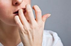 How to stop nail biting? Stop nail biting in adults. Remedies to stop nail biting fast and naturally. Get rid of nail biting habit. Trouble Anxieux, What Is Anxiety, Depersonalization, Nail Growth, Nail Biting, How To Grow Nails, Add Adhd, Adhd Help, Mental Health