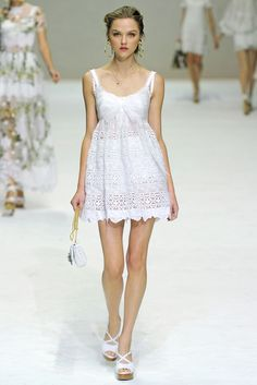 Dolce & Gabbana Spring 2011 Ready-to-Wear - Collection - Gallery - Look 25 - Style.com