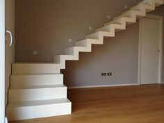 View full picture gallery of Scala Interna Acciaio White decor pictures Scala Interna Acciaio White - Picture gallery Home Stairs Design, Stair Railing Design, Interior Staircase, Home Room Design, House Design Photos, Door Design, Creative Wall Decor, My House Plans, Stone Cottages