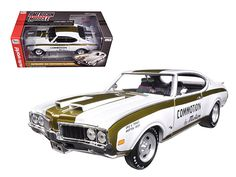 1969 Hurst Oldsmobile 455 Commotion by Motion Limited Edition to 1002pc 1/18 Diecast Model Car by Autoworld - Brand new 1:18 scale diecast car model of 1969 Hurst Oldsmobile 455 Commotion by Motion Limited Edition to 1002pc die cast model car by Autoworld. Limited Edition. Brand new box. Rubber tires. Has steerable wheels. Made of diecast metal. Detailed interior, exterior. Has opening hood and doors. Dimensions approximately L-10, W-4.5, H-3.25 inches. The Hurst-equipped Oldsmobile (TM)…