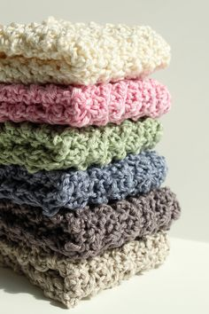 Crocheted Dishcloths For more like this, follow my board Crochet: For the Kitchen ~Elinor Ferrars
