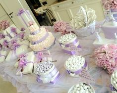 meravigliosa confettata - Reveuse ricevimenti - Catering Magnago (MI): Lavender Wedding Theme, Wedding Cakes With Flowers, Wedding Colors, Wedding Day, Wedding Candy Table, Wedding Decorations, Dessert Bars, Dessert Table, Italian Wedding Themes
