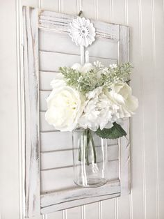Farmhouse wall decor - floral wall hanging - french country decor - hanging vase wall decor - wood wall sconce - wall plaque decor - This beautiful white washed/distressed floral wall hanging will be your favorite home decor accent. Country Farmhouse Decor, French Country Decorating, French Country Wall Decor, Cottage Decorating, Country Kitchen, Deco Floral, Floral Wall, Shutter Decor, Hanging Vases