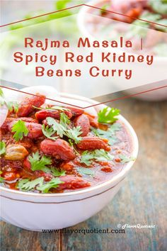 Spicy rajma masala, the Indian spiced kidney beans curry, is the delicious and nutritious Indian rajma curry to spice up your boring weeknight meal! Plus it is super healthy! Rajma or kidney beans is hell of a wonder food – it's packed with nutrition and loaded with so many kinds of essential vitamins that I could barely cover it all in my small little article. Vegetarian Appetizers, Vegetarian Recipes Dinner, Vegan Dinners, Dinner Party Recipes, Quick Dinner Recipes, Dinner Ideas, Fast Healthy Meals, Easy Healthy Recipes, Indian Food Recipes