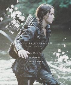 Katniss Everdeen in the Hunger Games - Jennifer lawrence                                                                                                                                                                                 Más